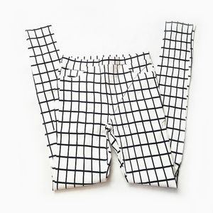 White and Black Checker Tights Jeggings Size L